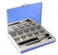 Aluminium cosmetic case with mirror